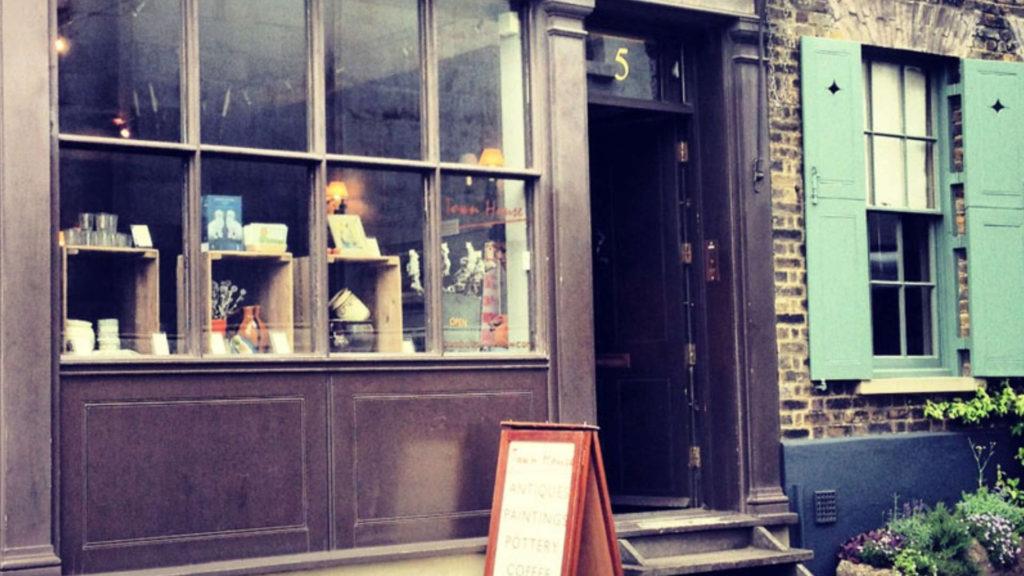 Townhouse - Fournier Street - Spitalfields