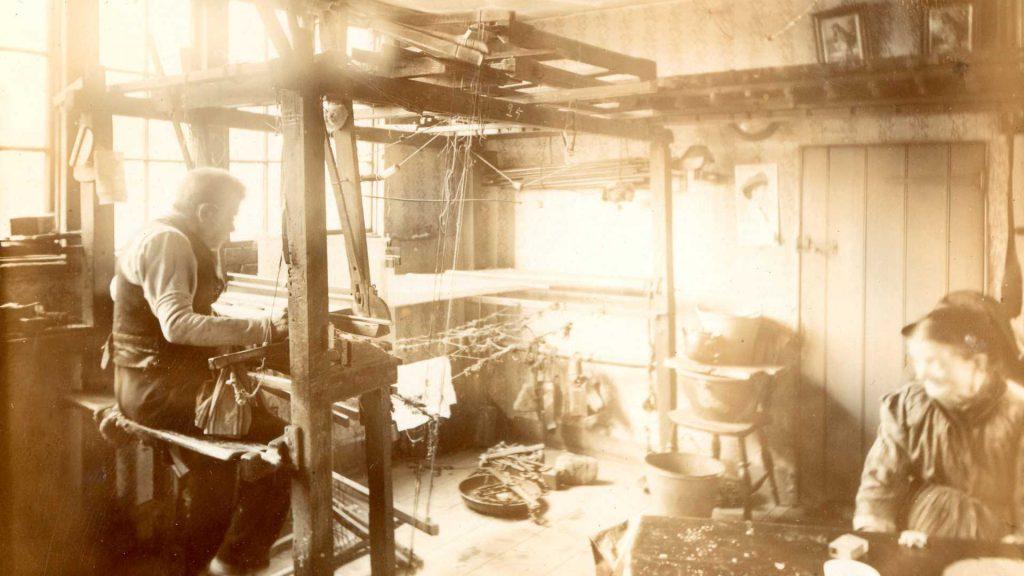 huguenots of spitalfields learning - weavers