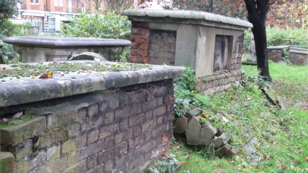 mount nod Huguenot burial ground, Wandsworth
